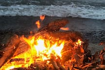 Late summer bonfire on the beach wind and weather permitting upon host approval!