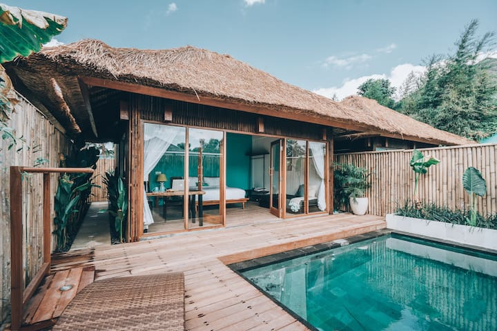 Intimate Villa - Private Pool & Surf in 5 mins