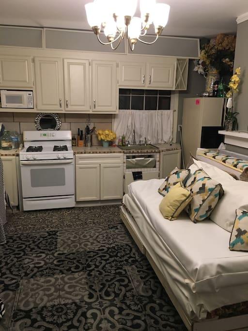 quaint little kitchen