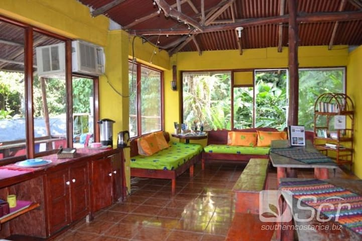 Mini Hostel PURA VIDA