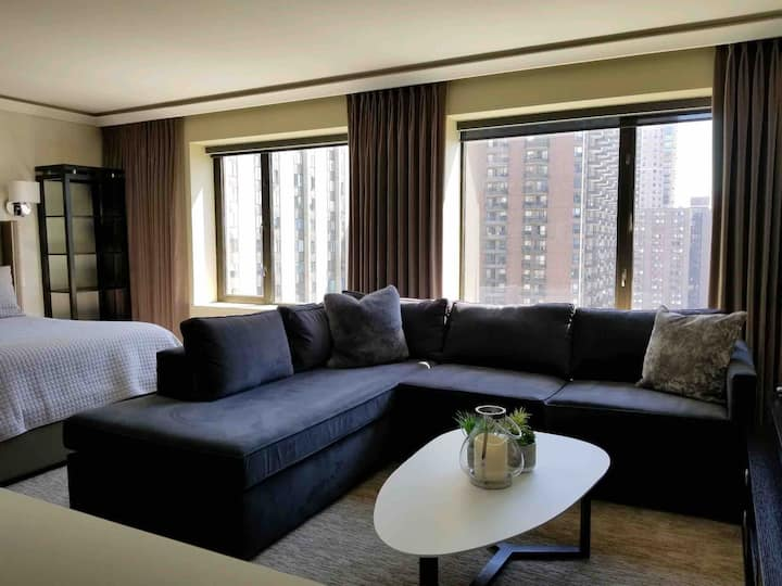Downtown Minneapolis Deluxe Condo, Alcove Studio