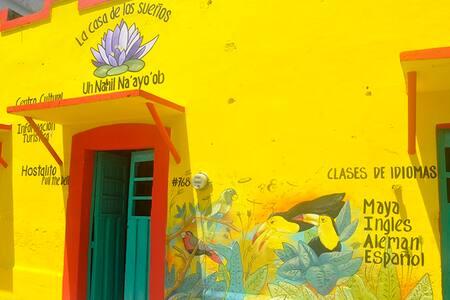 La Casa de los Sueños - Uh Nahil Na´ayo´ob