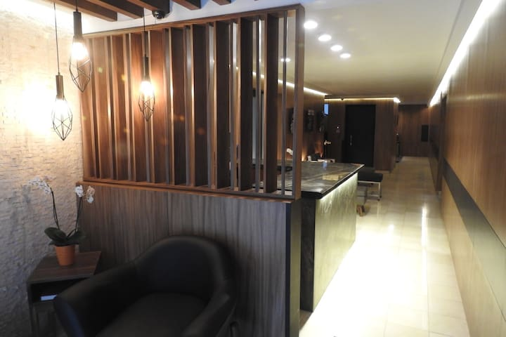 Excellent Furnished  Suite