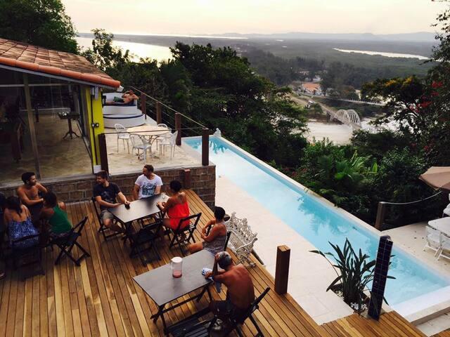 Banana Leaf Eco Hostel - Compartilhado 6 Camas