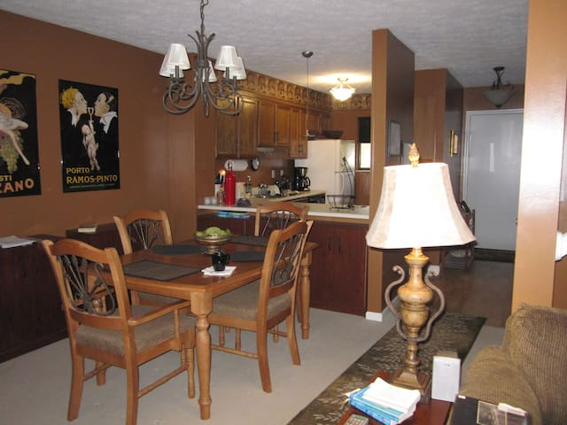 Townhome on Lakeview Resort Golf Course - Morgantown - Rivitalo