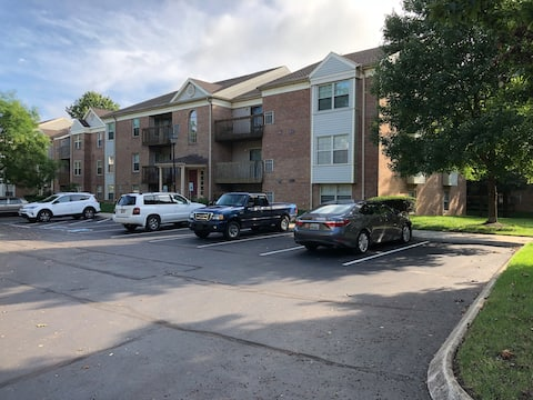 Two Bedroom Condo in Baltimore (very safe) -Room B