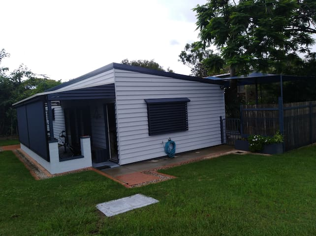 A modern and comfy bungalow in Mt Gravatt East.