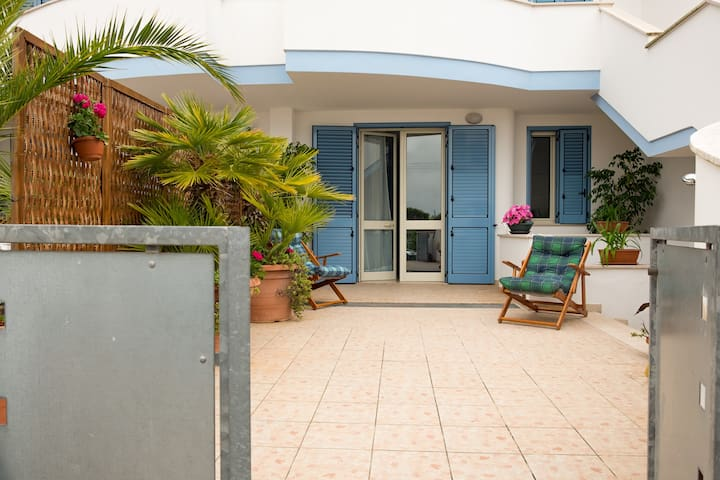 Cozy apartment in Apulia at 120 mt from the beach