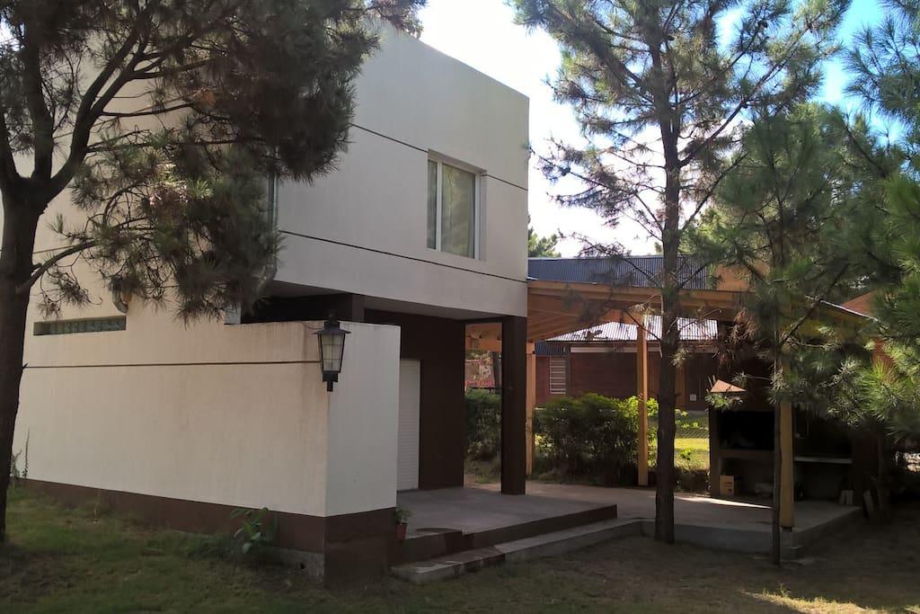 Casa b las dunas monte hermoso houses for rent in monte hermoso buenos aires argentina - Casa las dunas ...