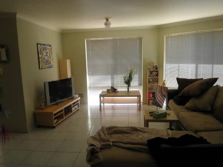 Comfortable Room in Beautiful Mandurah