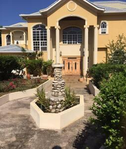 Mansion Style - Montego Bay