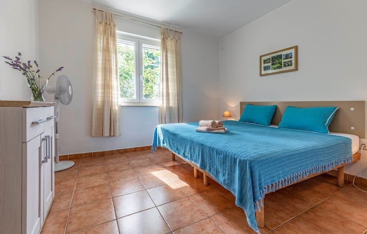 Apartments Pimpinella / Charming apartment near the beach  for 2 persons