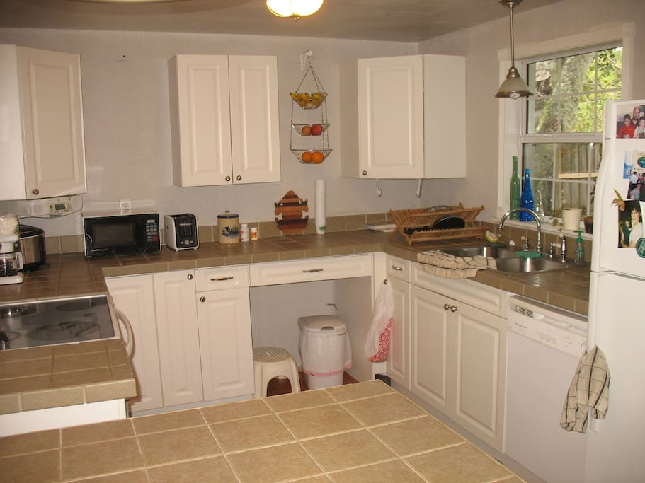 Fully equipped kitchen for you to use.