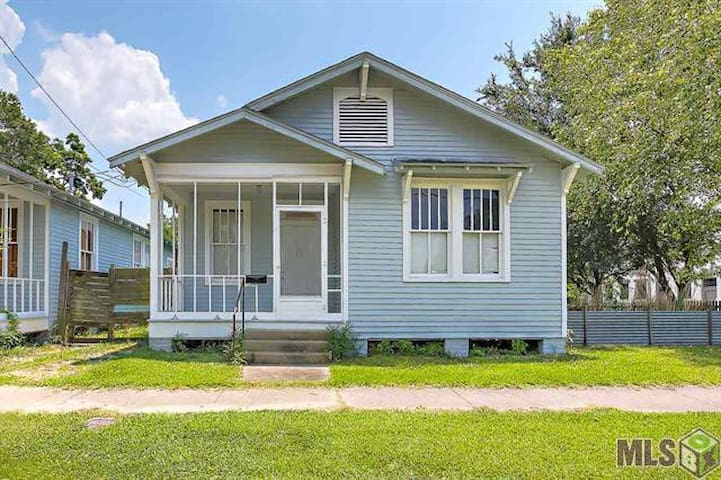 Cute home! Walk to downtown & close to LSU - Baton Rouge - Hus