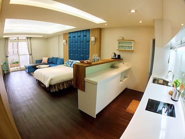 Cozy and Spacious room with Kitchen - Xitun District - Suite