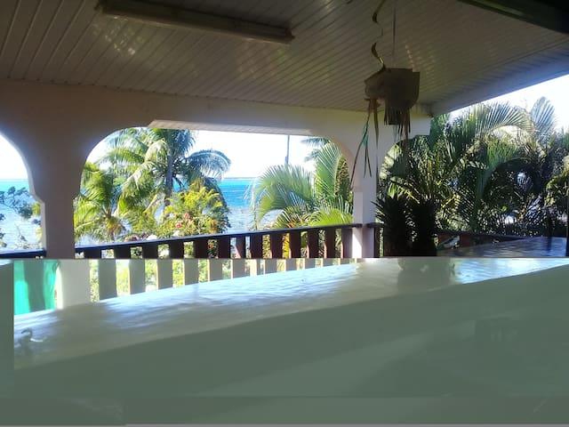 Maison à Moorea - Pihaena