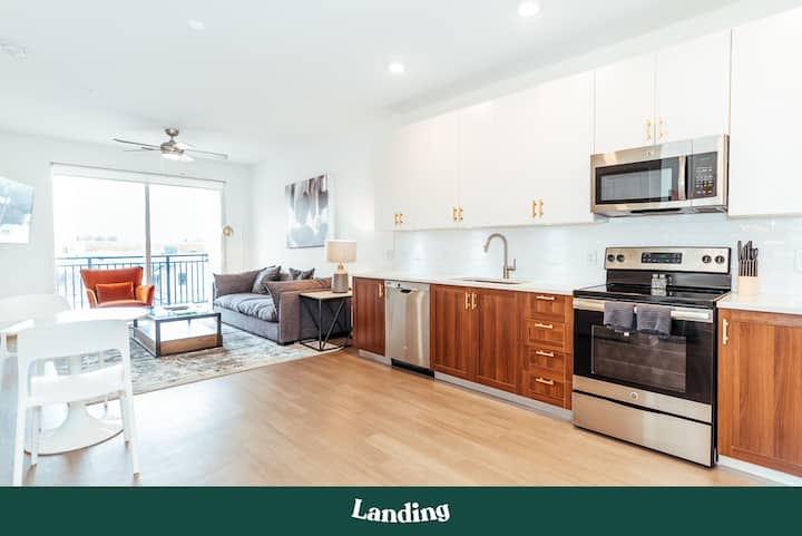 Landing | Modern Apartment with Amazing Amenities (ID5743)