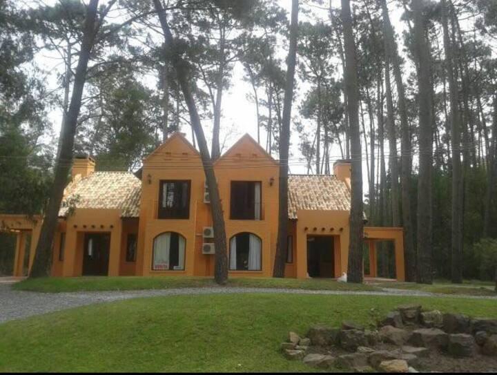 Casa Topacio en Solanas Punta del Este