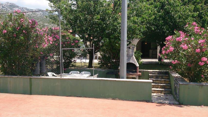 Apartments Villa Nina Seline Ap 22