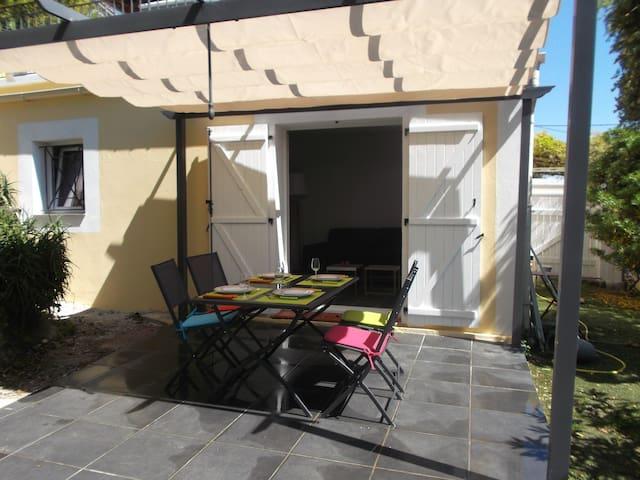 """""""Côté Jardin"""" T2  42 m² dans maison - Biot - Apartemen"""