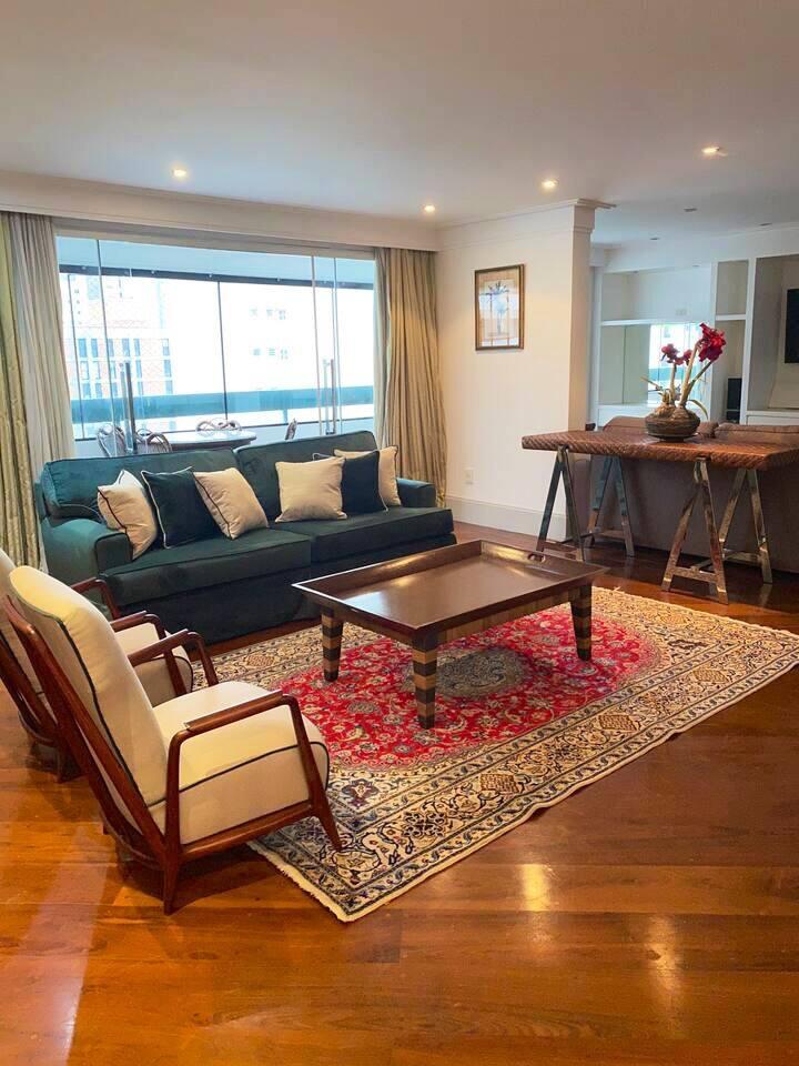 Lindo Apartamento  Com toda segurança e lazer