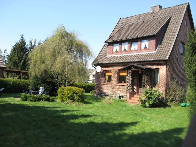 charmantes Heidelandhaus in der ruhigen Südheide