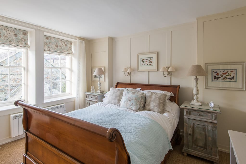 Bedroom with French bateau bed