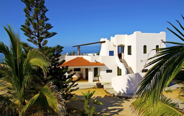 Palapa 3 bedroom,  on the beach,  stunning views.