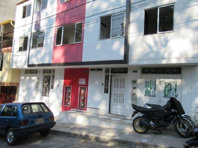 Habitación, Palermo 1 piedecuesta,entrada indepen