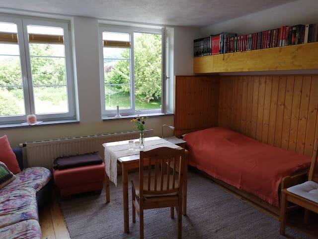 Freundliches  Zimmer in Überlingen-Bambergen