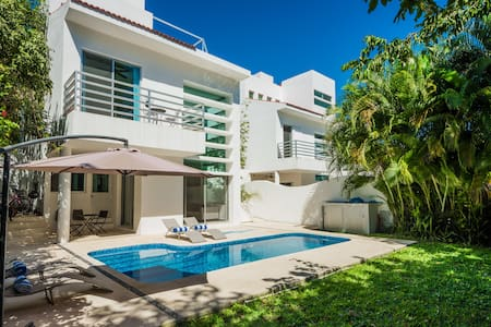 Modern private villa Playacar near the beach - Playa del Carmen
