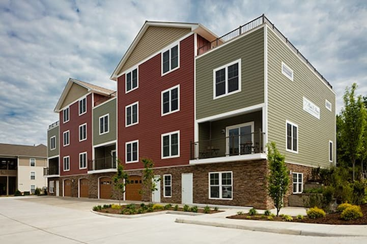 Upscale 2 Bedroom Extended Stay Residence