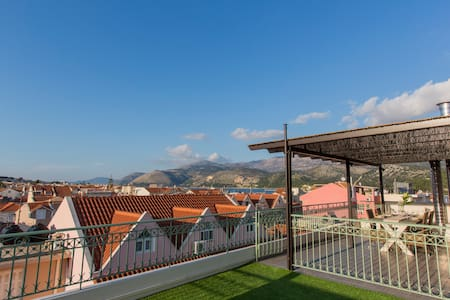 PANORAMIC LUXURIOUS PENTHOUSE! - Argostoli - Appartement