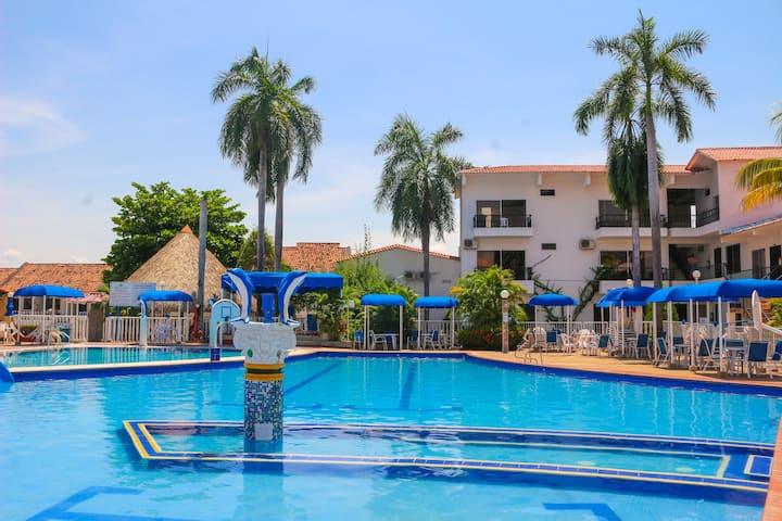 Habitación Privada para 3 Hotel en Melgar