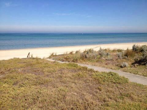 Beach Front Getaway in Aspendale