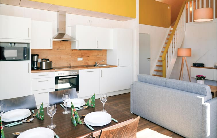 Holiday cottage with 2 bedrooms on 93m² in Prüm OT Walcherath