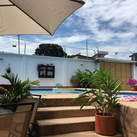 Hermosa Casa Familiar a 5 minutos de la Playa