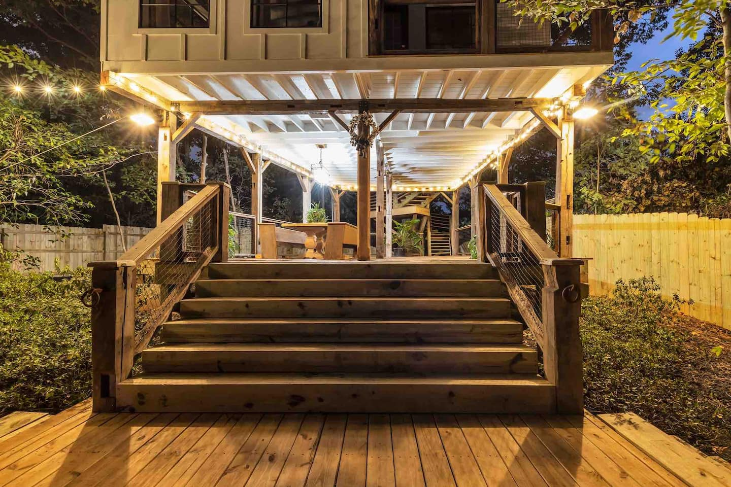 Wow! We found the Best treehouse Georgia Rentals. Save time searching!
