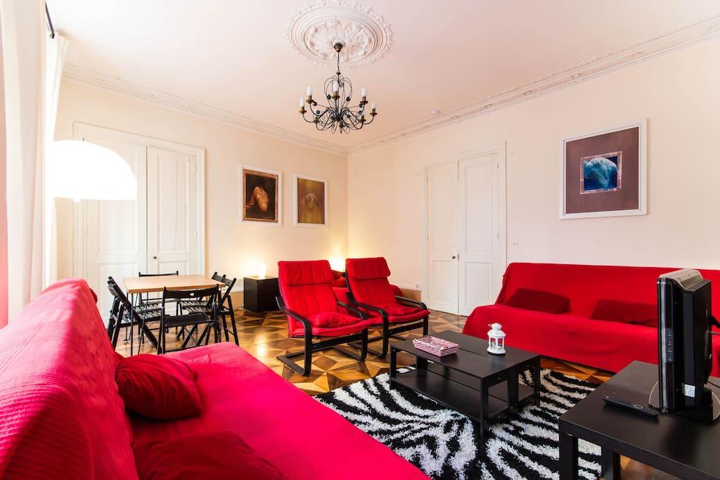 loft historique de caract re bateaux louer grenoble rh ne alpes france. Black Bedroom Furniture Sets. Home Design Ideas