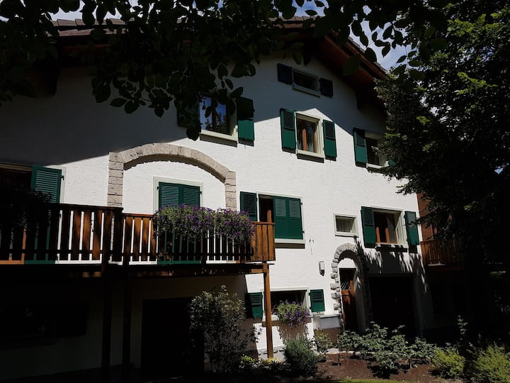 Privatzimmer im Weindorf Salgesch