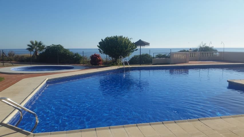 Double en-suite, private access, Free WiFi, Torrox