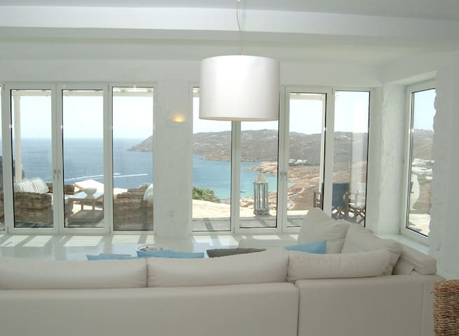 Luxurious Villa in Mykonos, Elia