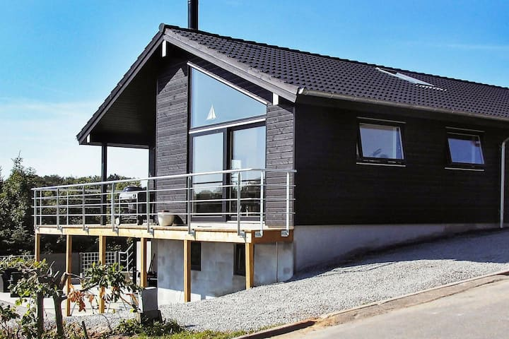 Luxurious Holiday Home in Aabenraa near Sea