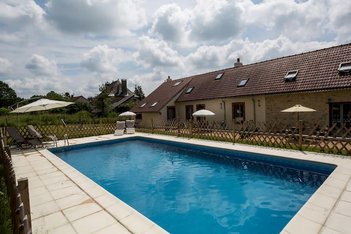 Les Trois Petites Maisons Cottage La Amelia - Cromac - Huis