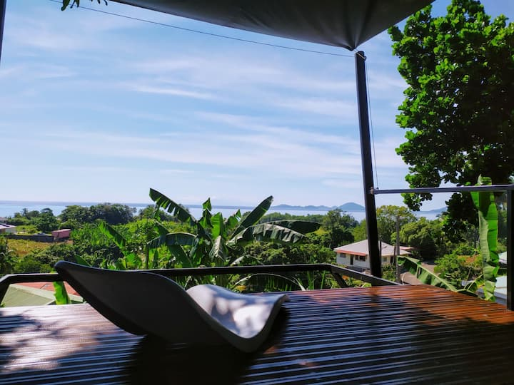 hostelbana/ la cabane du manguier