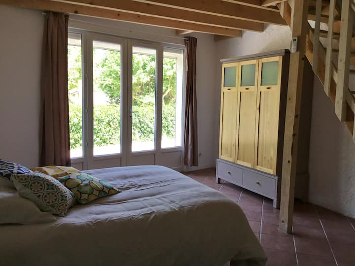 Charming village house 60m² with courtyard