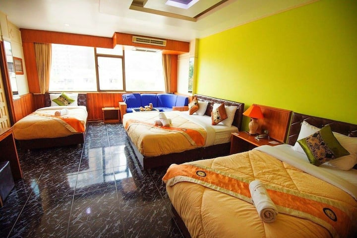 Deluxe Quad Room up to 1-5pax
