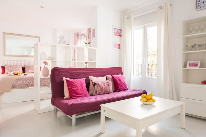 Bright apartment in the heart of Madrid