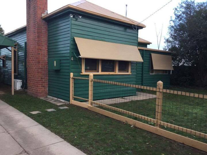 Heritage green rental Benalla