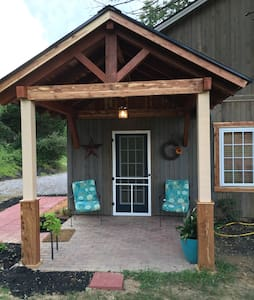 Guesthouse in Valley - Blacksburg - Casa